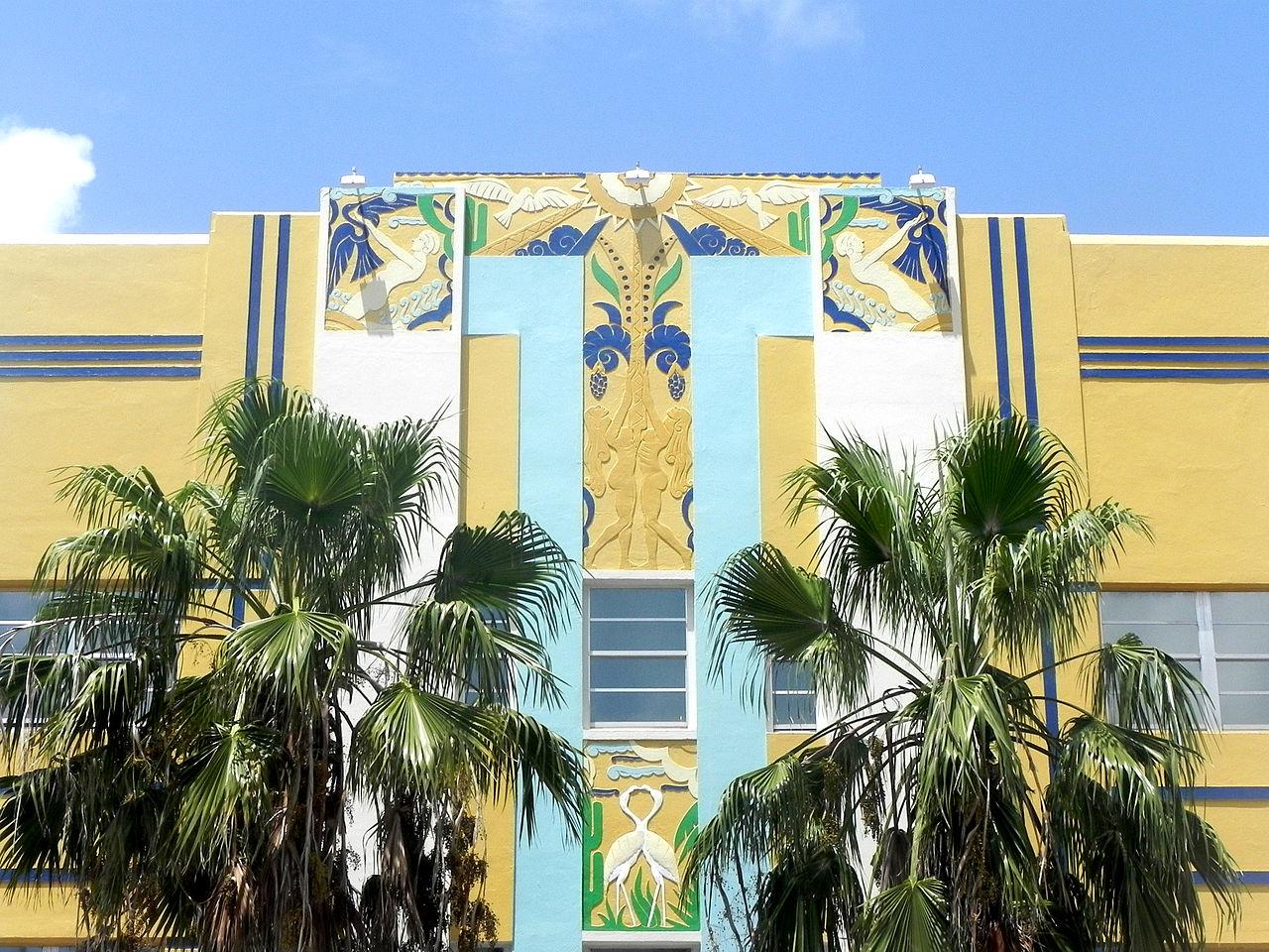 Quelle différence entre Art Nouveau et Art Déco ?